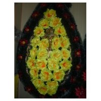 Венок из искусственных цветов 75