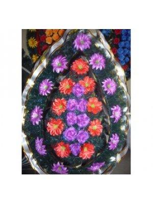 Венок из искусственных цветов 90