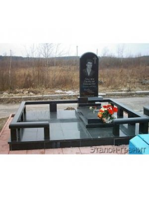 Мемориальный комплекс из гранита KG_4003